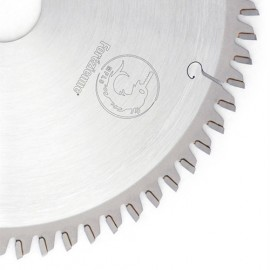 Lame circulaire carbure Alu D. 300 x 2,5/3,2 MFTN 96 x Al. 30 mm + TE universels - MFLS - LC3009604M