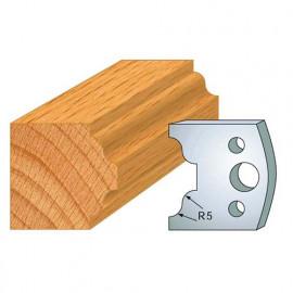 Jeu de 2 fers profilés acier Ht. 40 mm N°025 Petit bois doucine - 800.025 - Leman